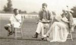 Madame Stillman et ses fils (gros plan)