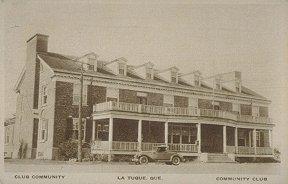 Le Community Club de La Tuque.